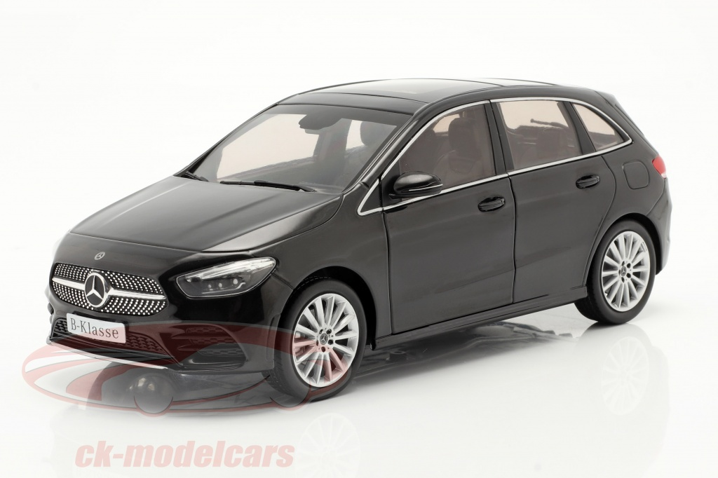 z-models-1-18-mercedes-benz-classe-b-w247-anno-di-costruzione-2018-nero-cosmo-b66960459/