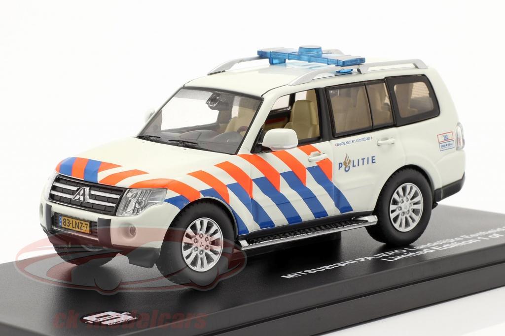 triple9-1-43-mitsubishi-pajero-politie-netherlands-2013-weiss-orange-blau-t9-43072/