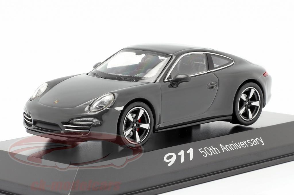 welly-1-43-porsche-911-991-grijs-50-jaar-porsche-911-editie-map01999113/