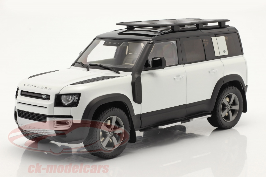 almost-real-1-18-land-rover-defender-110-with-roof-rack-2020-fuji-white-alm810807/