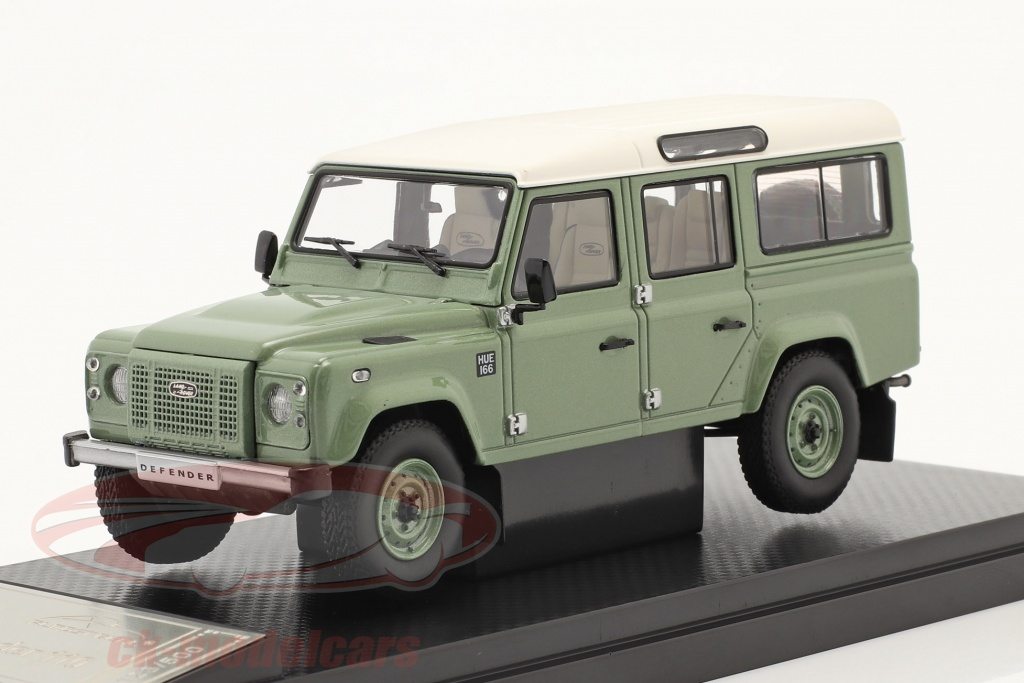 almost-real-1-43-land-rover-defender-110-heritage-edition-2015-green-alm410307/