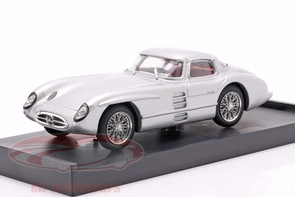 brumm-1-43-mercedes-benz-300-slr-coupe-uhlenhaut-anno-di-costruzione-1955-argento-r187/