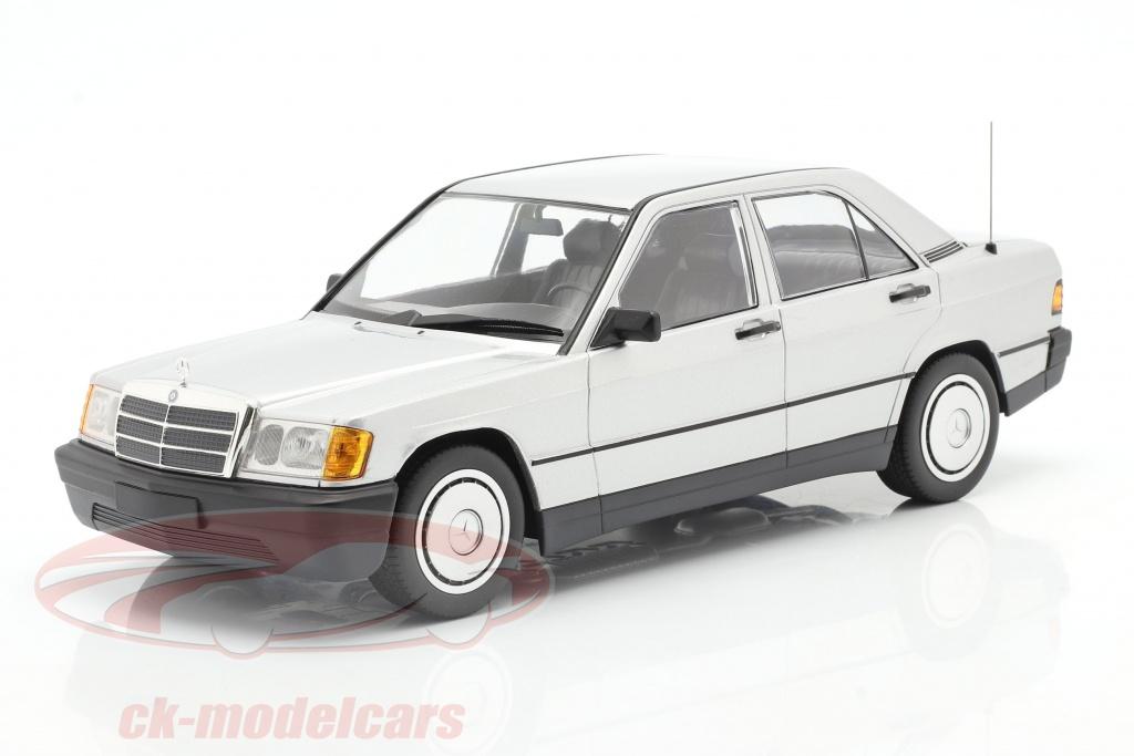minichamps-1-18-mercedes-benz-190e-bouwjaar-1982-zilver-155037004/