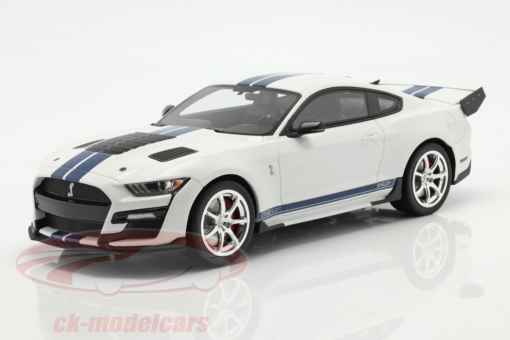 gt-spirit-1-18-ford-mustang-shelby-gt500-dragon-snake-2020-oxford-bianca-gt306/