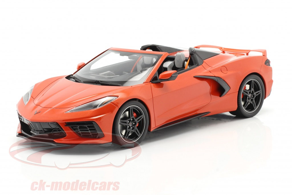 gt-spirit-1-18-chevrolet-corvette-c8-cabriolet-year-2020-sebring-orange-gt309/