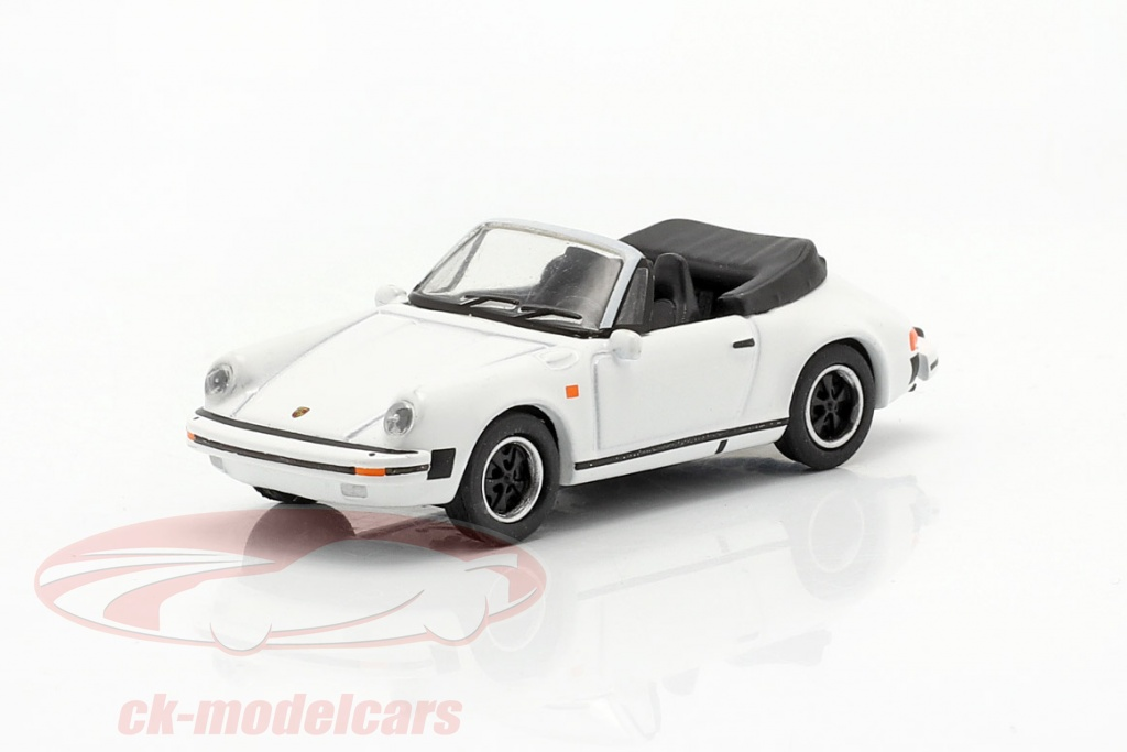 schuco-1-87-porsche-911-carrera-32-cabriolet-hvid-452659800/