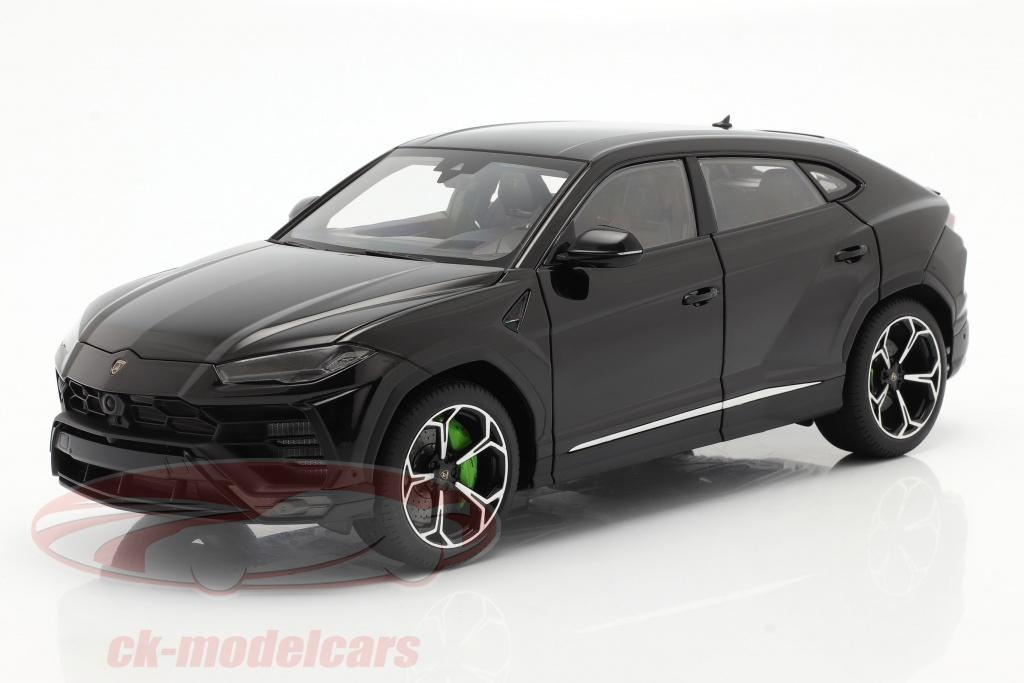 autoart-1-18-lamborghini-urus-bouwjaar-2018-zwart-79165/