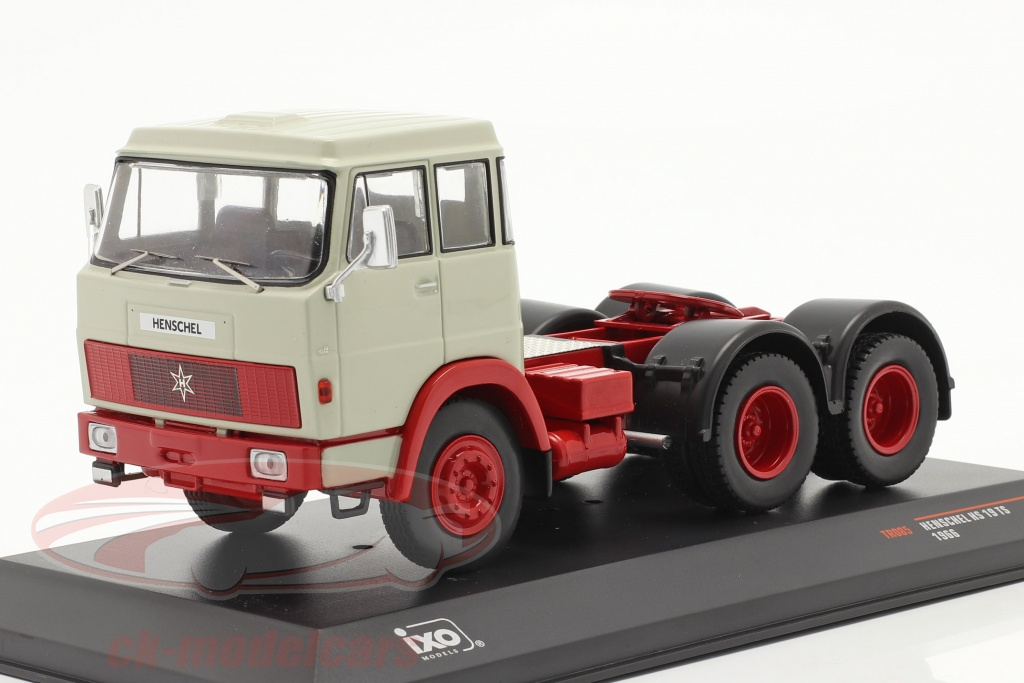 ixo-1-43-henschel-hs-19-ts-annee-de-construction-1966-gris-clair-rouge-tr085/