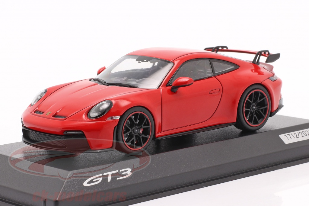 minichamps-1-43-porsche-911-992-gt3-year-2021-guards-red-wap0201510m006/