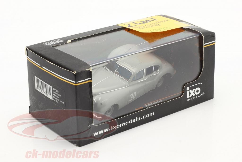 ixo-1-43-stirling-moss-jaguar-mkvii-no30-vinder-silverstone-touring-car-1952-2-valg-ck67987-2-wahl/