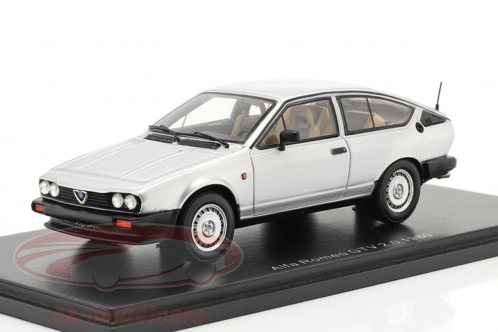 spark-1-43-alfa-romeo-gtv-20-year-1980-silver-s9046/