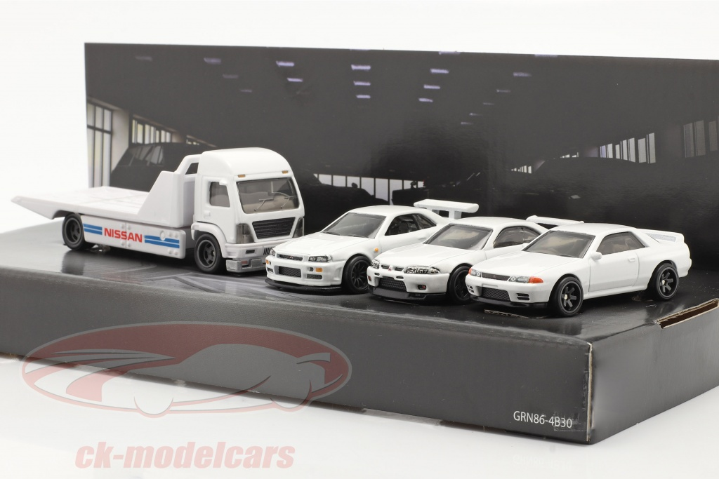 hotwheels-1-64-4-car-set-nissan-flatbed-camion-3x-nissan-skyline-bianca-gmh39-956f/