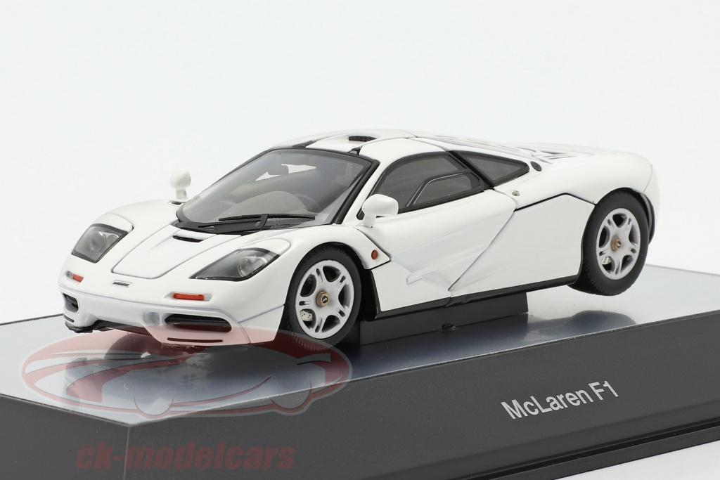 autoart-1-43-mclaren-f1-road-car-1993-97-bianca-56003/