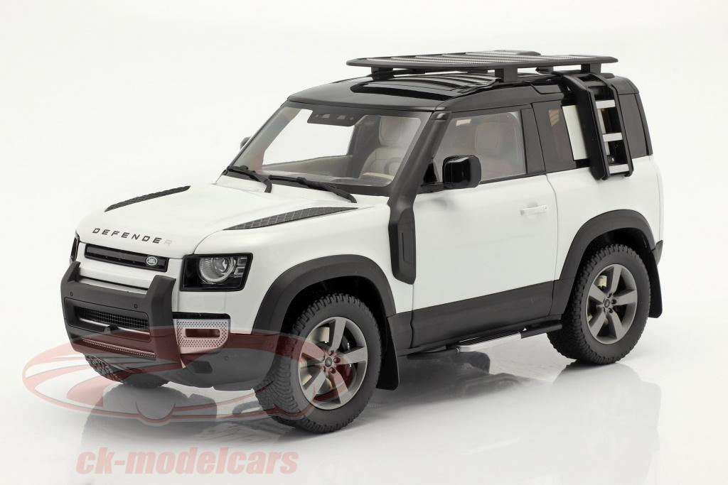 almost-real-1-18-land-rover-defender-90-bygger-2020-fuji-hvid-alm810707/