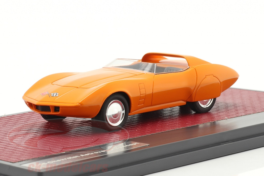 matrix-1-43-chevrolet-astrovette-concept-car-1968-orange-mx50302-062/