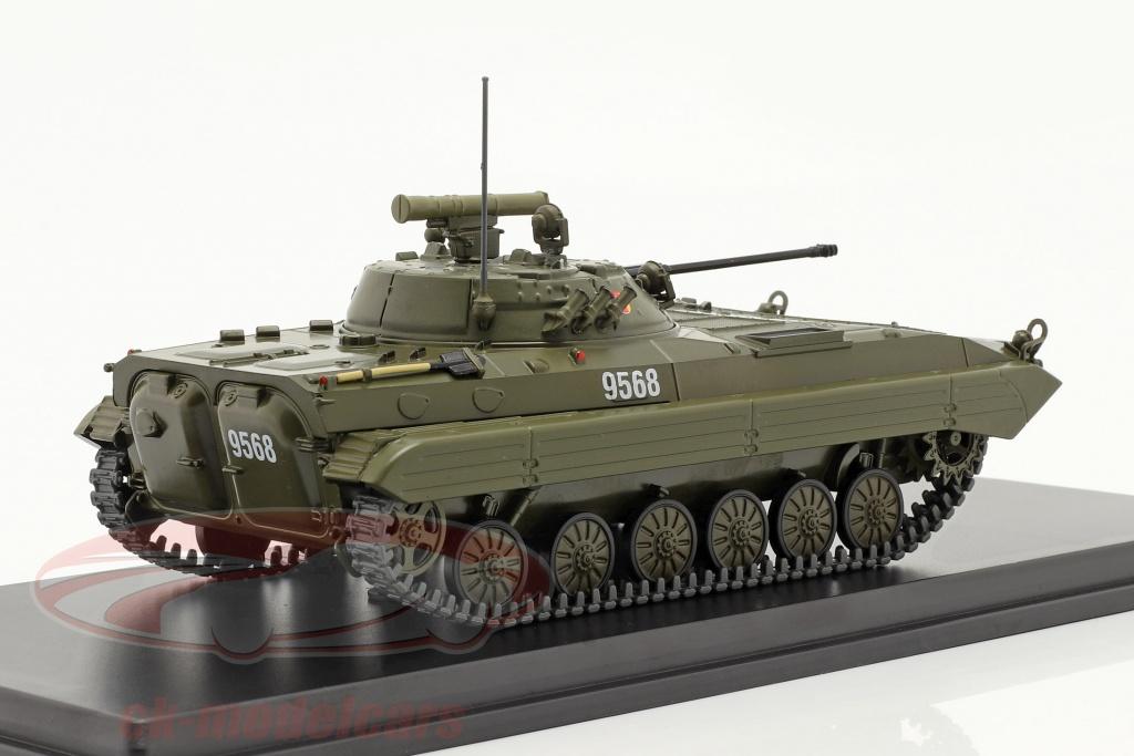 premium-classixxs-1-43-bmp-2-tank-nva-ddr-donkere-olijf-pcl47122/