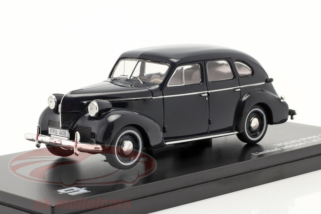 triple9-1-43-volvo-pv60-baujahr-1947-dunkelblau-t9-43060/