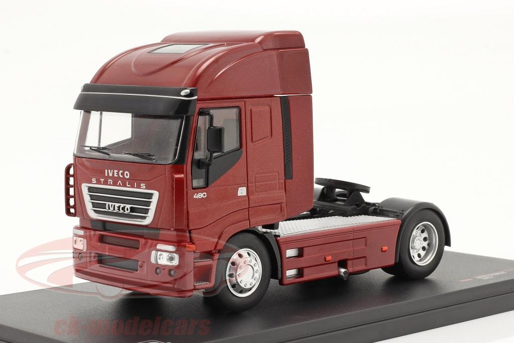 ixo-1-43-iveco-stralis-ano-de-construcao-2012-vermelho-metalico-tr086/