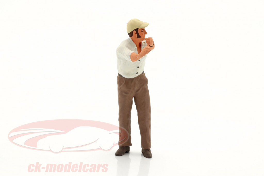 road-kings-1-18-figure-truck-drivers-franz-on-to-the-footboard-standing-rk18a008/