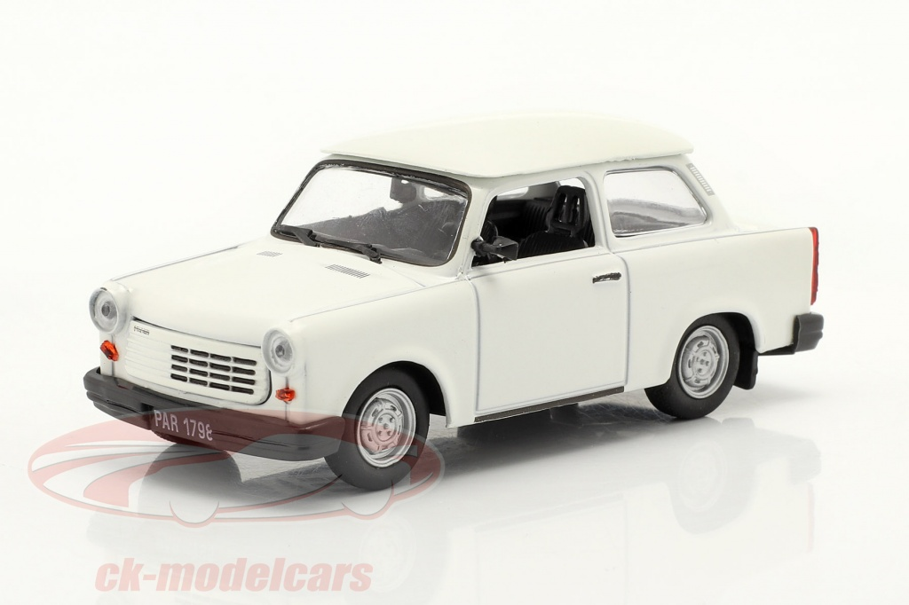 deagostini-1-43-trabant-11-limousine-weiss-de-agostini-ck70411/