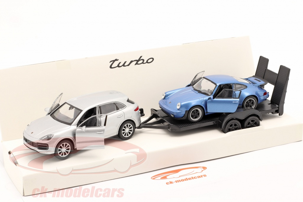 welly-1-32-pullback-set-porsche-cayenne-turbo-with-pendant-and-porsche-911-turbo-map01093020/