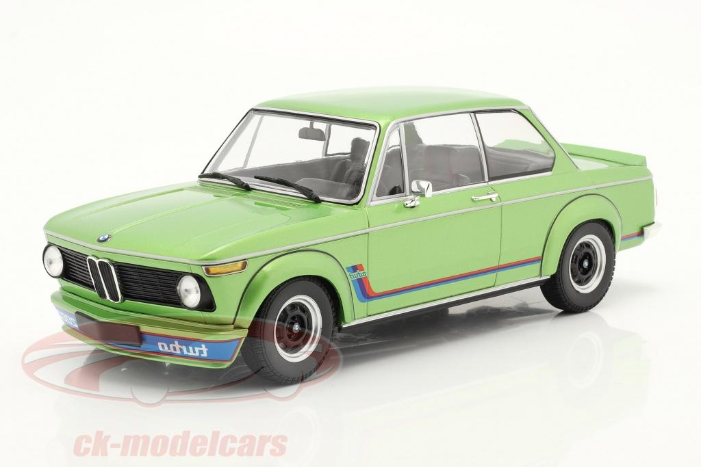 minichamps-1-18-bmw-2002-turbo-bouwjaar-1972-groente-metalen-155026206/