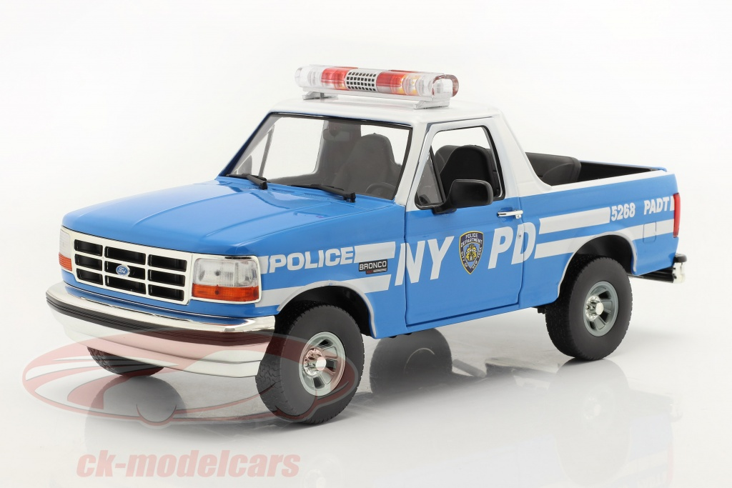 greenlight-1-18-ford-bronco-new-york-police-department-nypd-1992-bleu-blanche-19087/