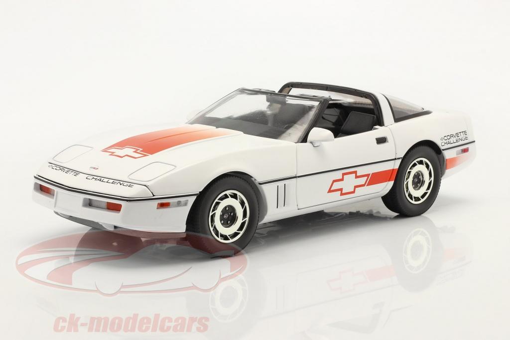 greenlight-1-18-chevrolet-corvette-c4-annee-de-construction-1988-blanche-orange-13596/