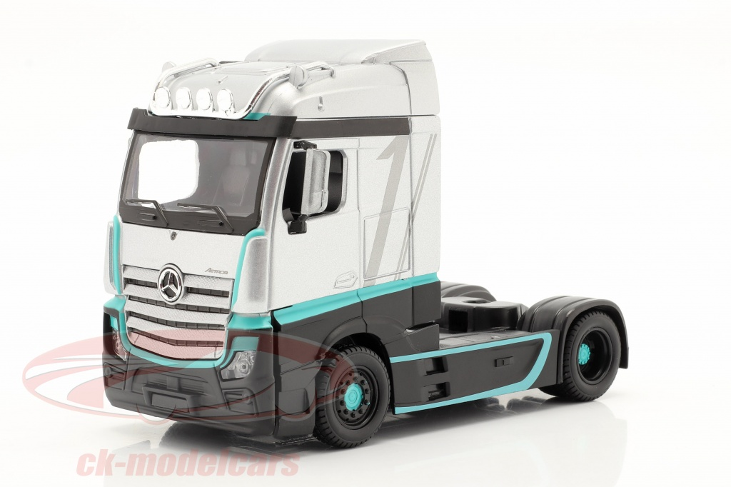 bburago-1-43-mercedes-benz-actros-gigaspace-4x2-camion-argent-le-noir-18-32202/