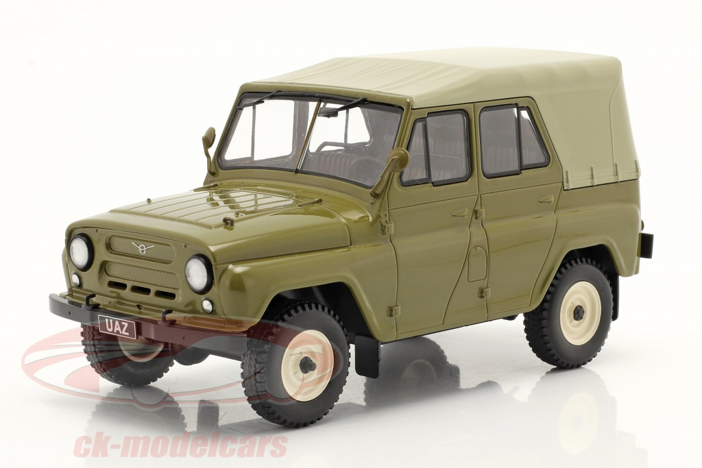 whitebox-1-24-uaz-469-olive-green-wb124069/