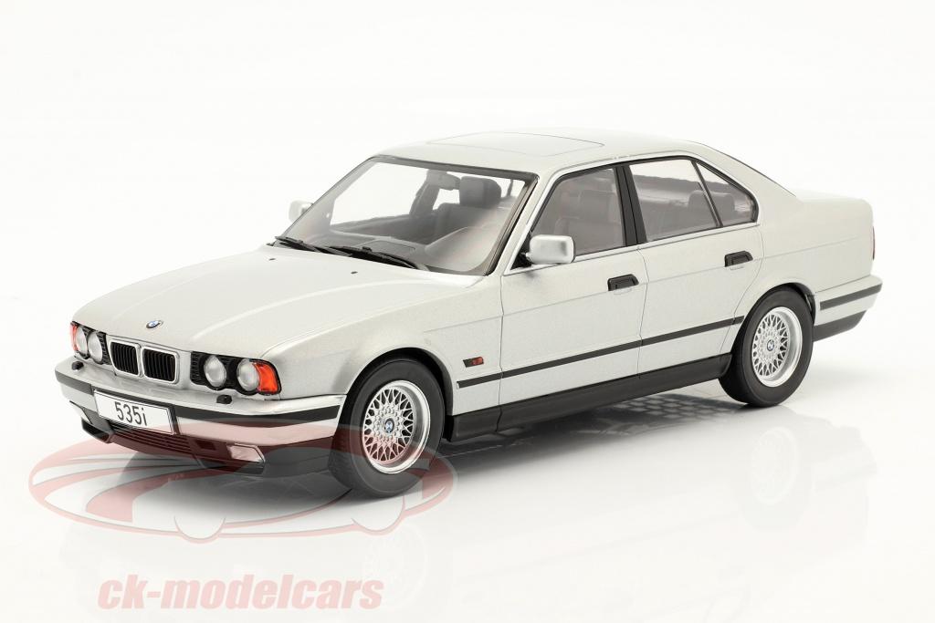 modelcar-group-1-18-bmw-5-series-e34-year-1992-silver-mcg18158/