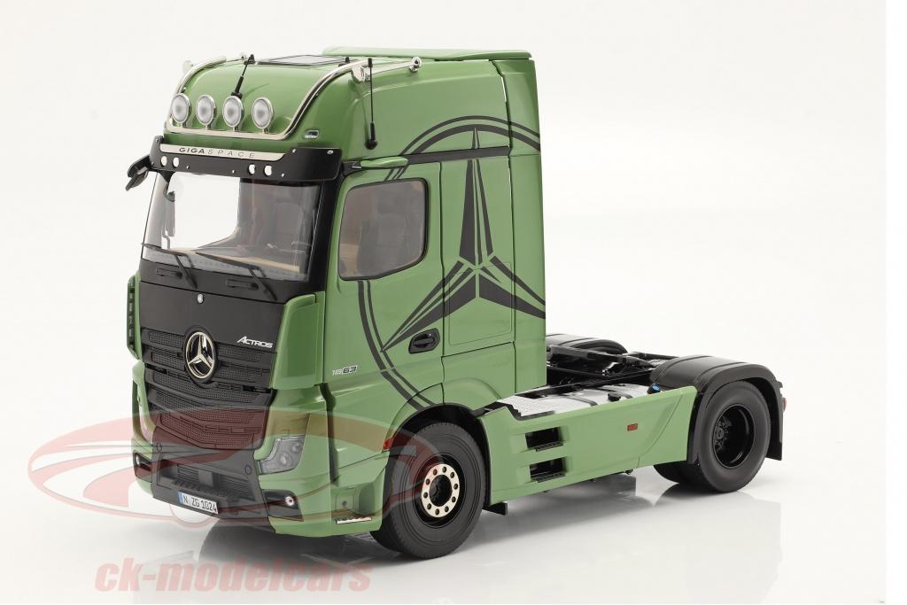 nzg-1-18-mercedes-benz-actros-gigaspace-4x2-szm-olive-green-1024-30-lm10240030/