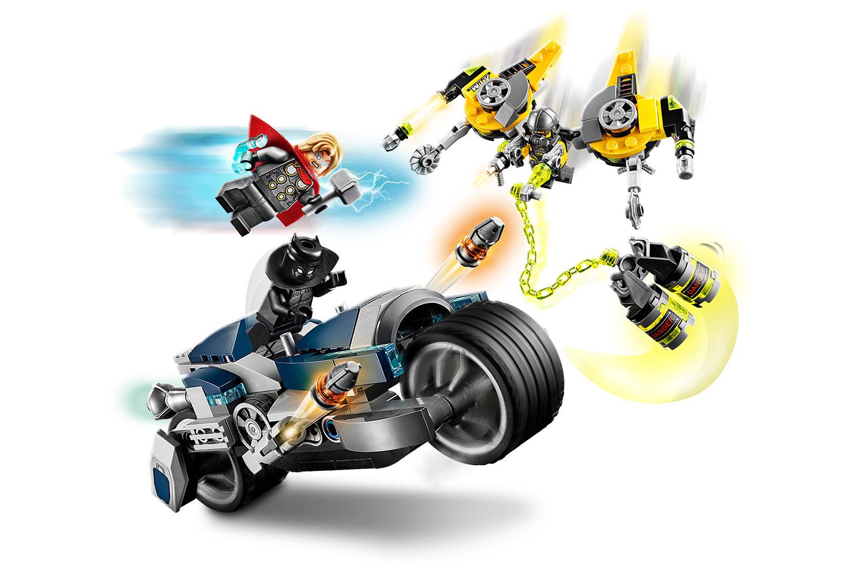 LEGO® Marvel Avengers Speeder-Bike Attacke