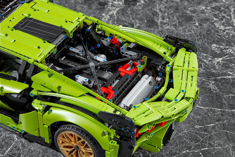 LEGO® Technic Lamborghini Sian FKP 37