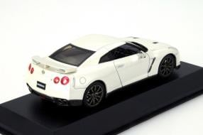 Kyosho Modell Nissan GT-R Typ R35 im Maßstab 1:43