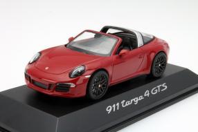 Porsche 911 Targa GTS im Maßstab 1:43