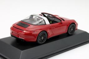 Modellauto Porsche 911 Targa GTS im Maßstab 1:43