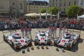 Technische Abnahme in Le Mans für Audi am 07.06.2015