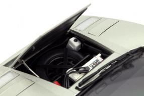 Modellauto Lamborghini Countach Maßstab 1:18