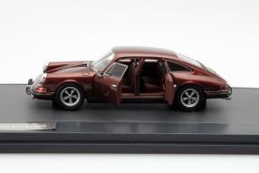 Matrix Modellauto Porsche 911 Troutmann Barnes 1972