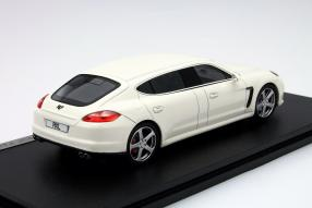 Modellauto Porsche Panamera 1:43