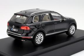 model car VW Touareg scale 1:43