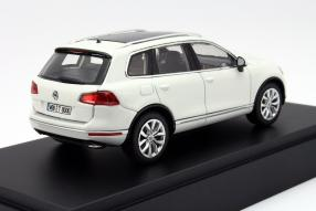 VW Touareg Modellauto Maßstab 1:43 in Pure White