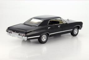 "model car  ""Supernatural"" Chevrolet Impala 1967 scale 1:18"