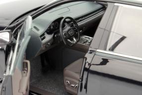 Modellauto Audi Q7 neu Maßstab 1:18 von Minichamps
