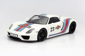 Porsche 918 Spyder Modellauto 1:12