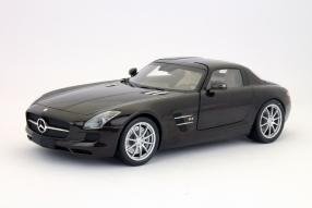 Mercedes-Benz SLS AMG Maßstab 1:18