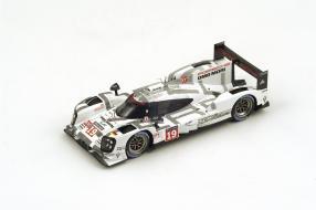 Porsche 919 Winner Le Mans 2015 Model Car Scale 1:43