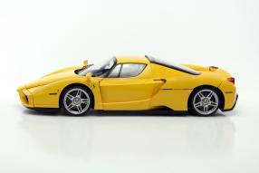 model car Ferrari Enzo Ferrari scale 1:12