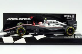 Minichamps McLaren MP4-30 Maßstab 1:43
